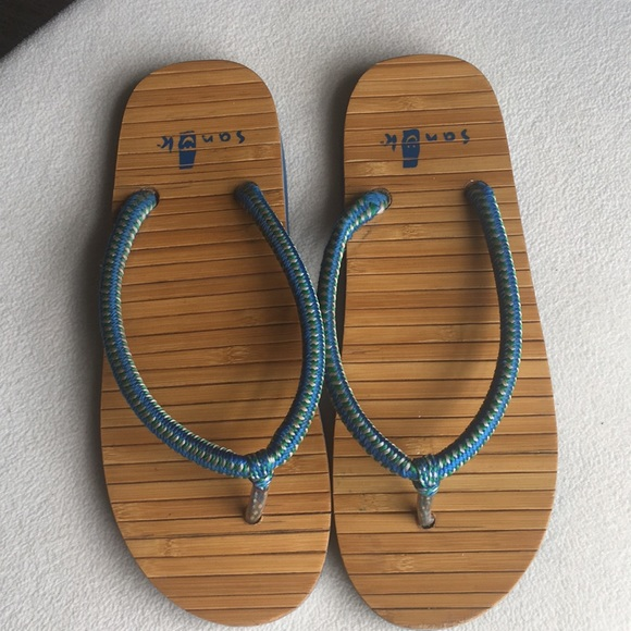 a9f58fb7766 M 5b39325904e33dfcbe587001. Other Shoes you may like. New sandals. New  sandals.  20  50. Women s Sanuk yoga sling sandals